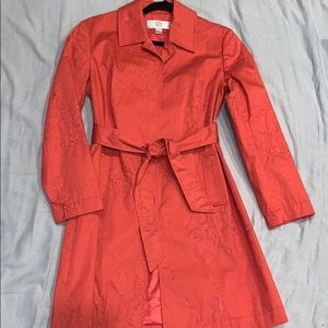 Trench coat light pink (more of a coral color)